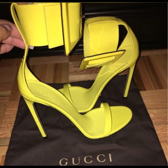 978917cfb4a Gucci Shoes - Yellow Gucci Victoire Heels